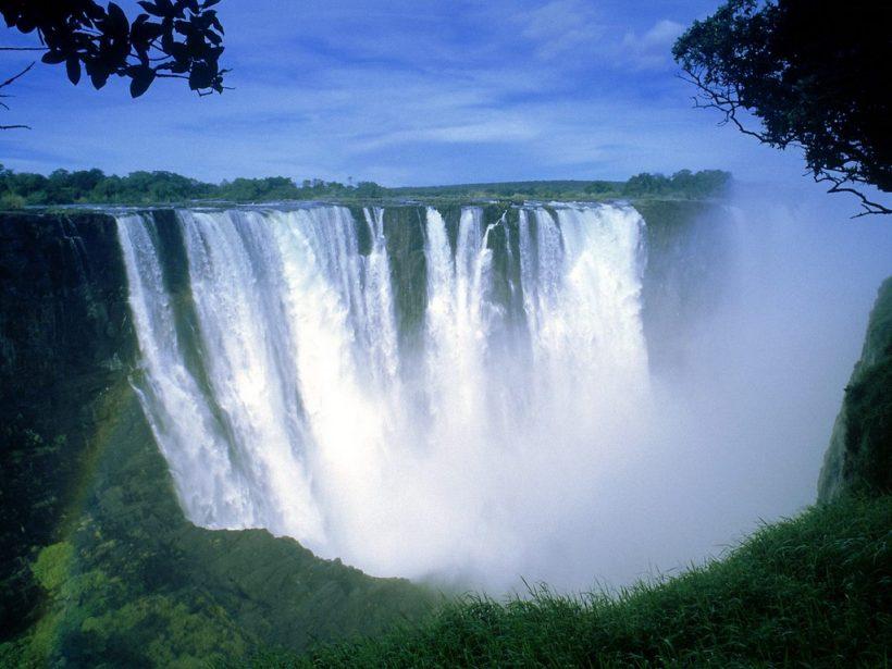 Victoria_Falls_Zimbabwe_Africa