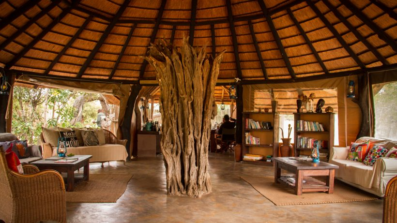 Africa-on-Foot-Lodge-Common-Area