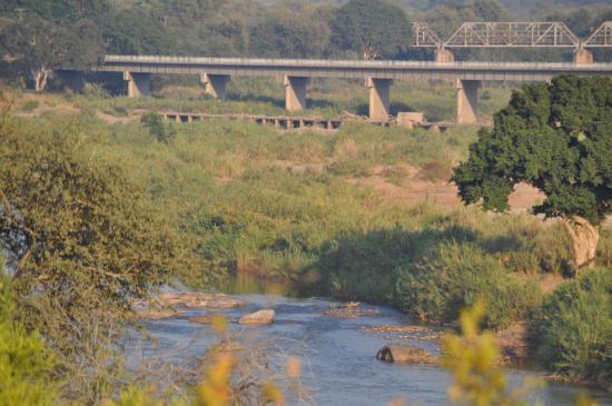 three-bridges-restaurant