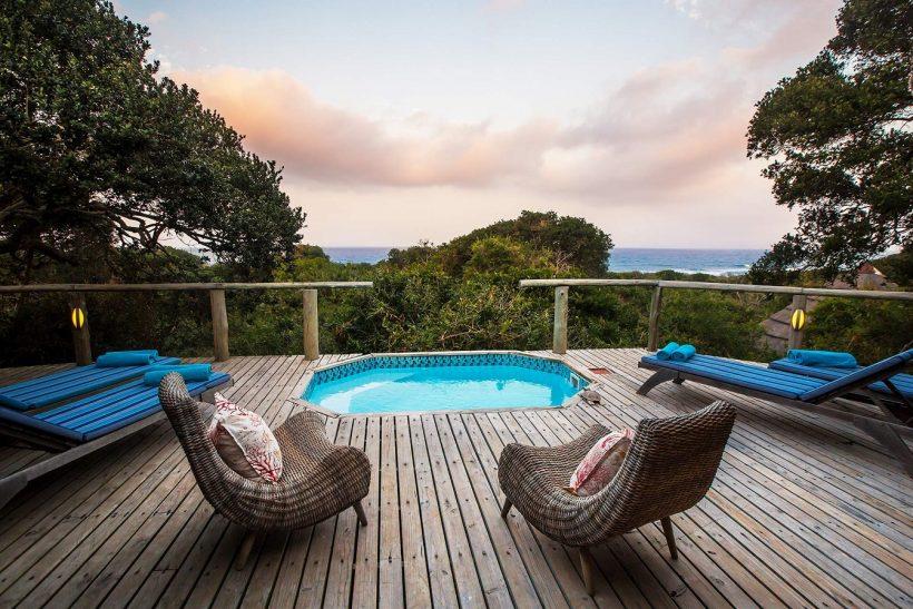 TBL-Deluxe-Ocean-view-room-pool-deck
